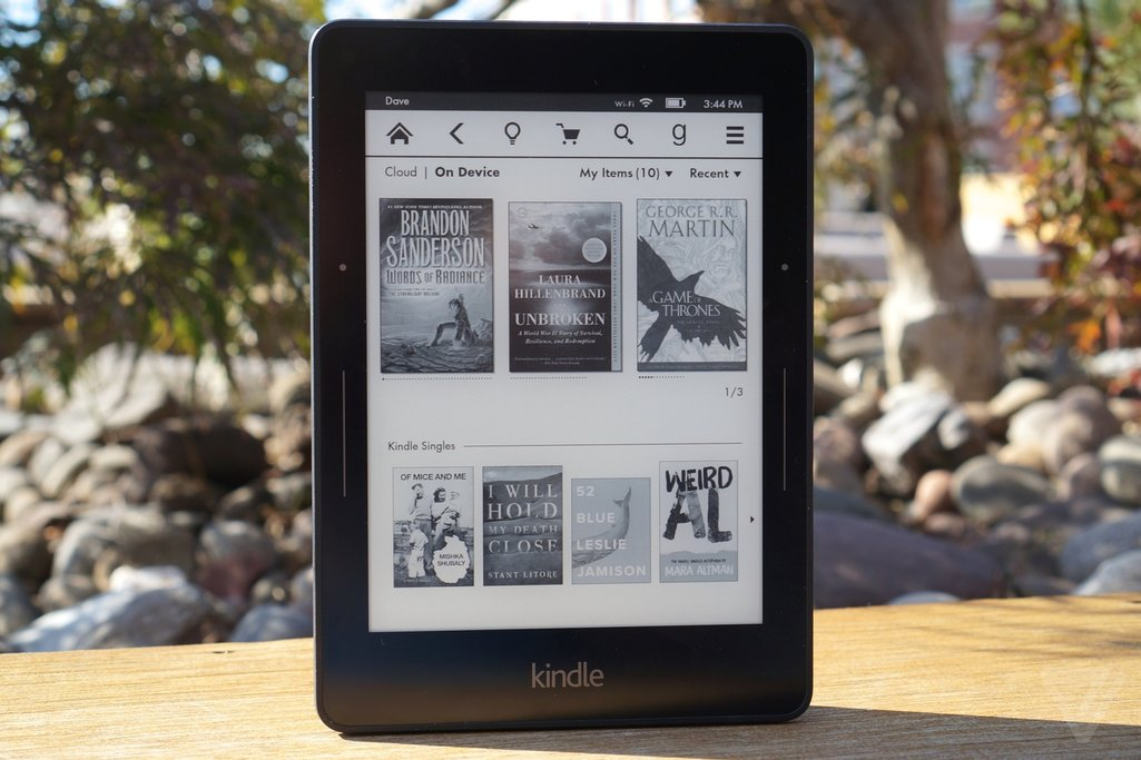 kindle-voyage-e-reader-theverge-6_1320.0.0_standard_1025.0