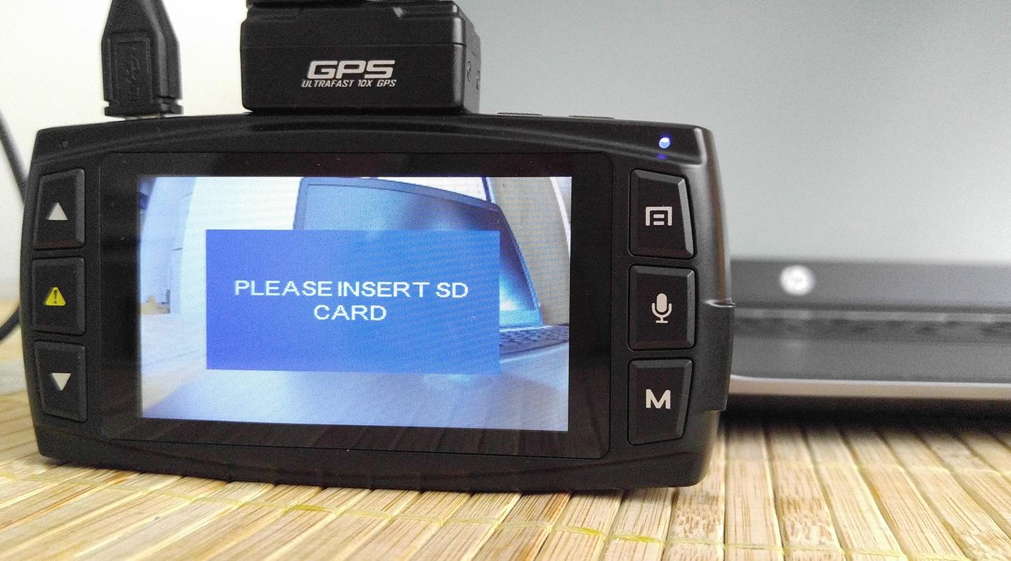 Wideorejestrator DOD LS470W+ obsługuje maksymalnie karty 32 GB