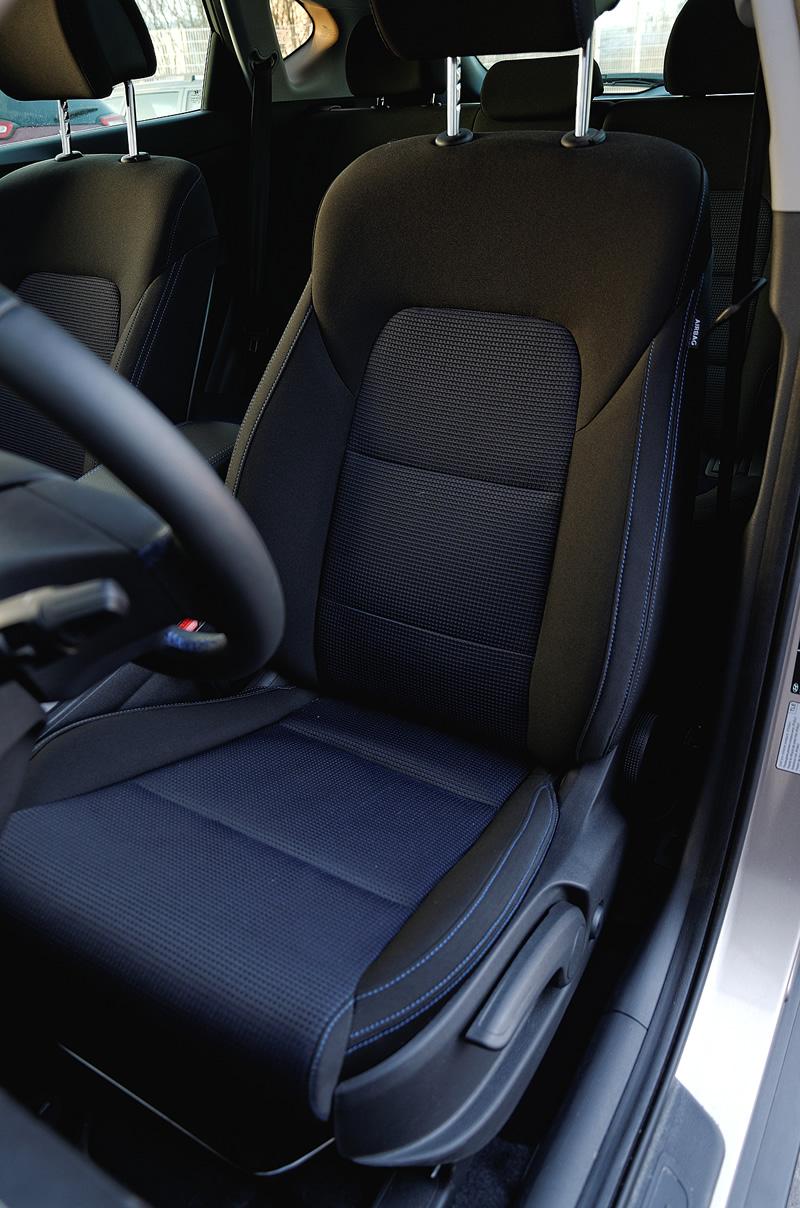 Hyundai Tucson - fotel zprzodu