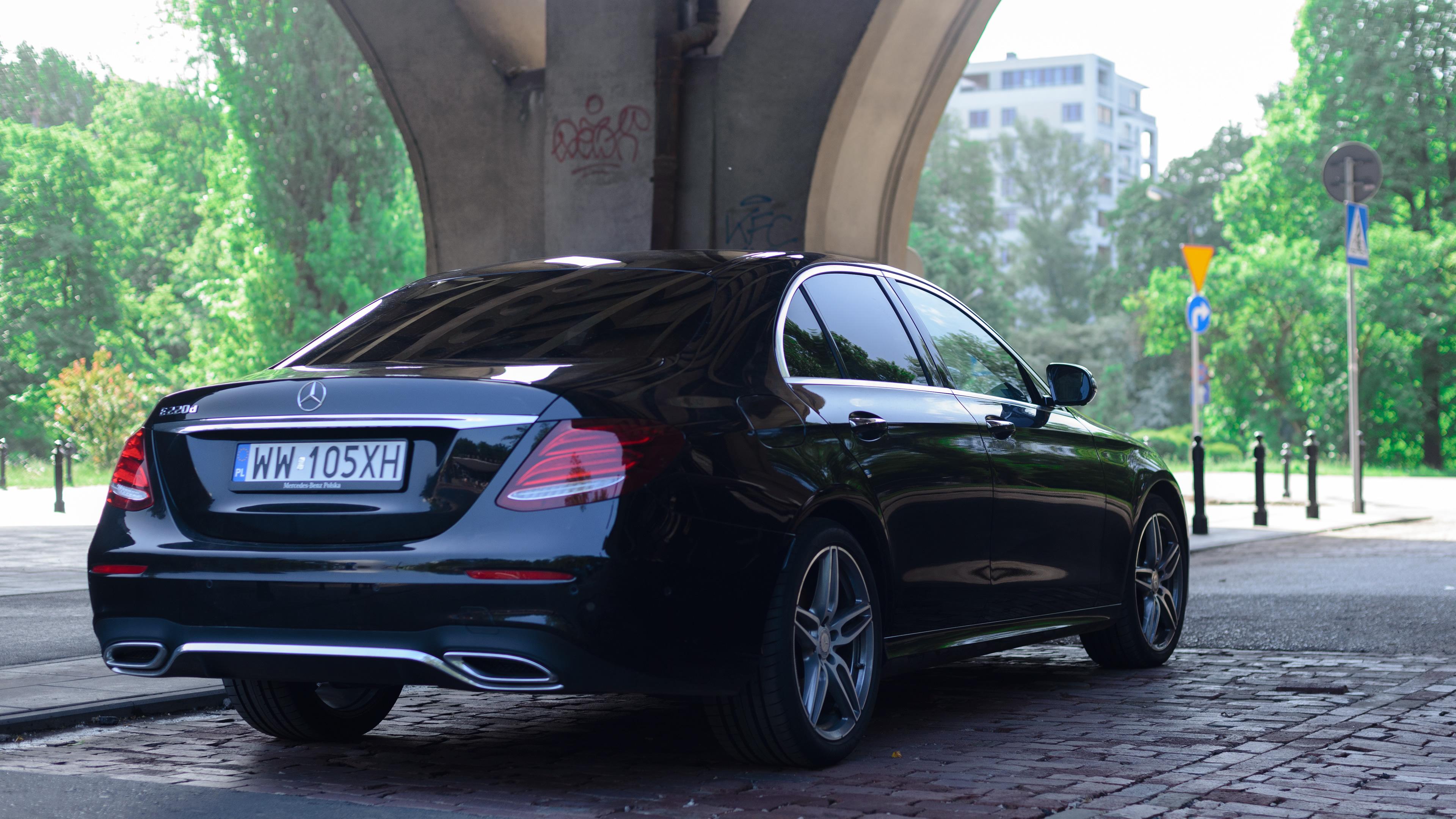 Mercedes-Benz Klasy E - tył auta