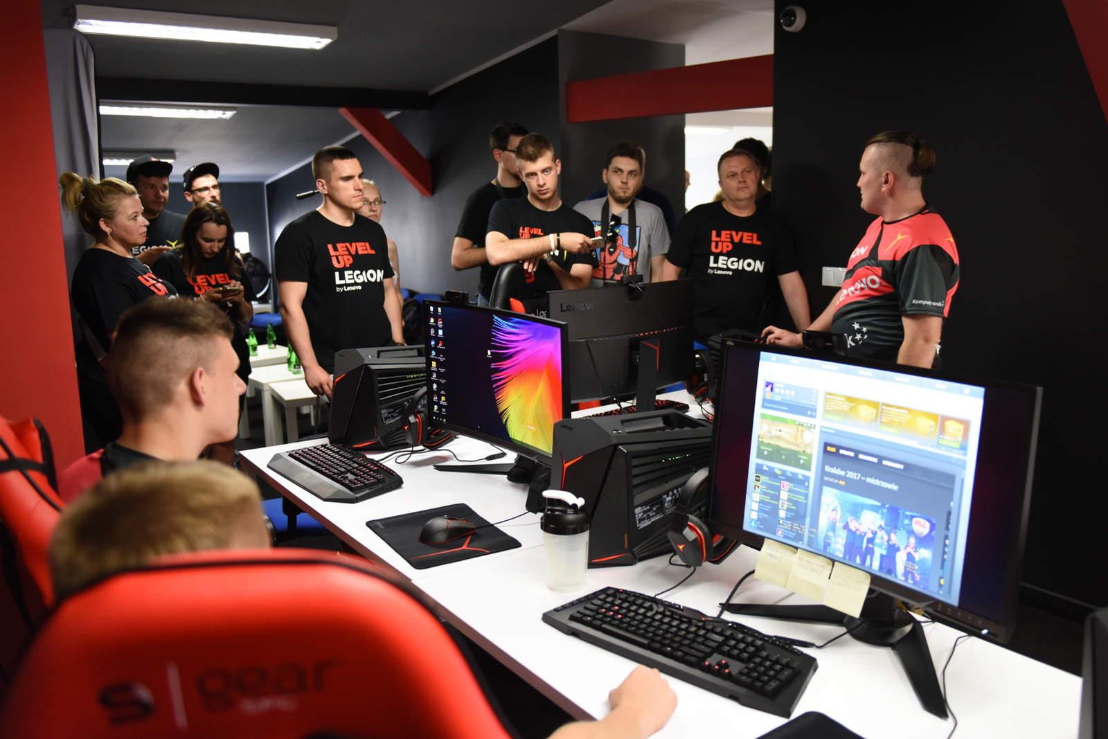 The Legion ekipa e-sportowa - zdjęcie 2
