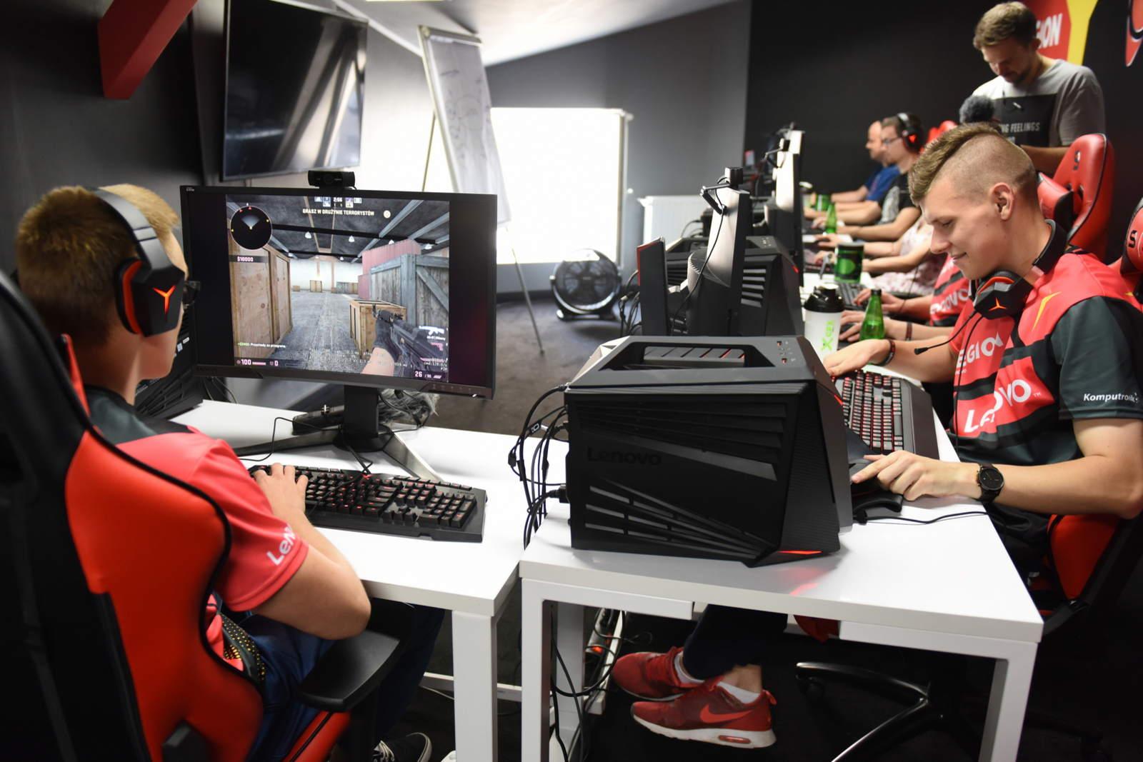 The Legion ekipa e-sportowa - zdjęcie 5