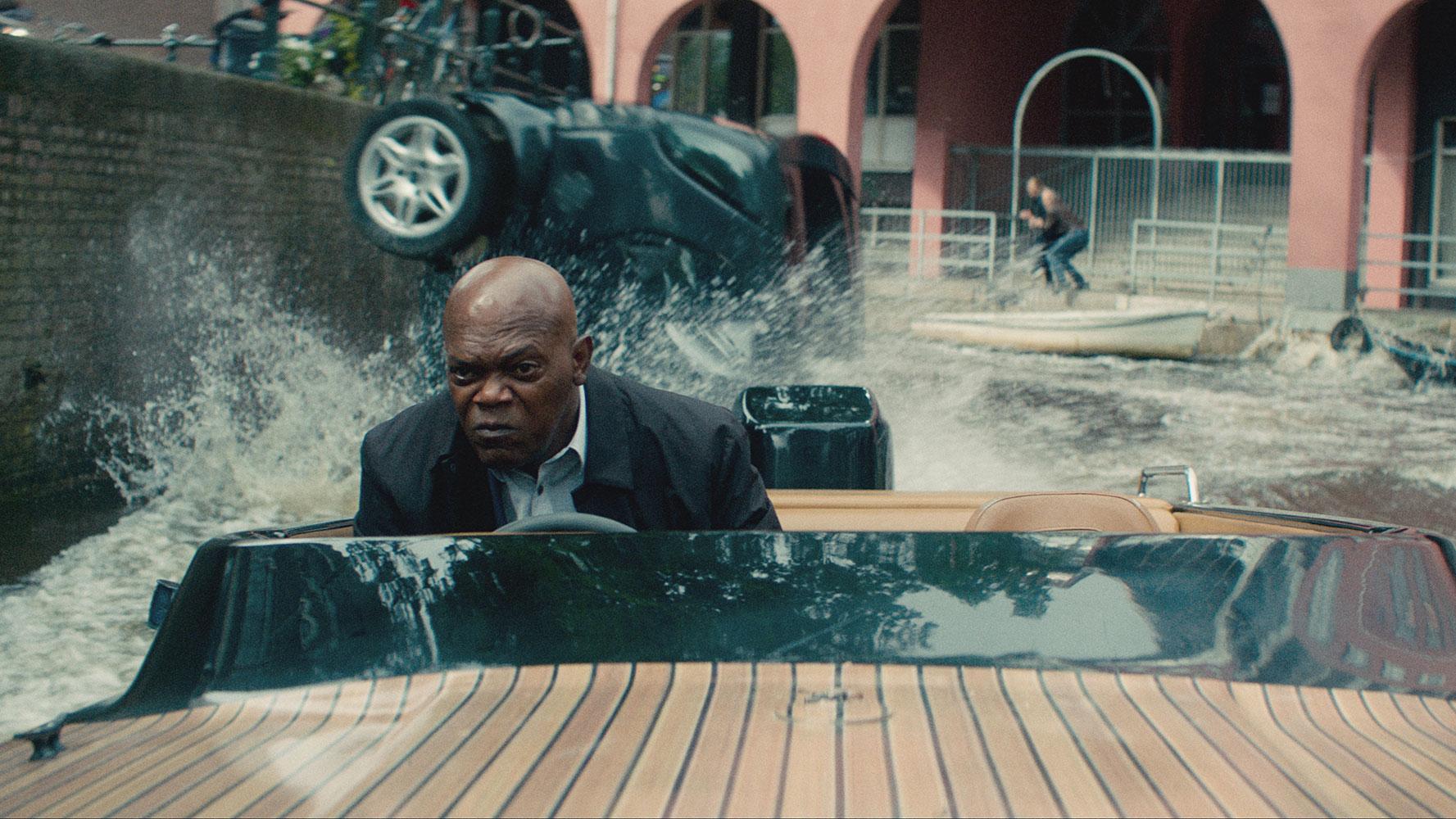 Bodyguard Zawodowiec - scena ucieczki
