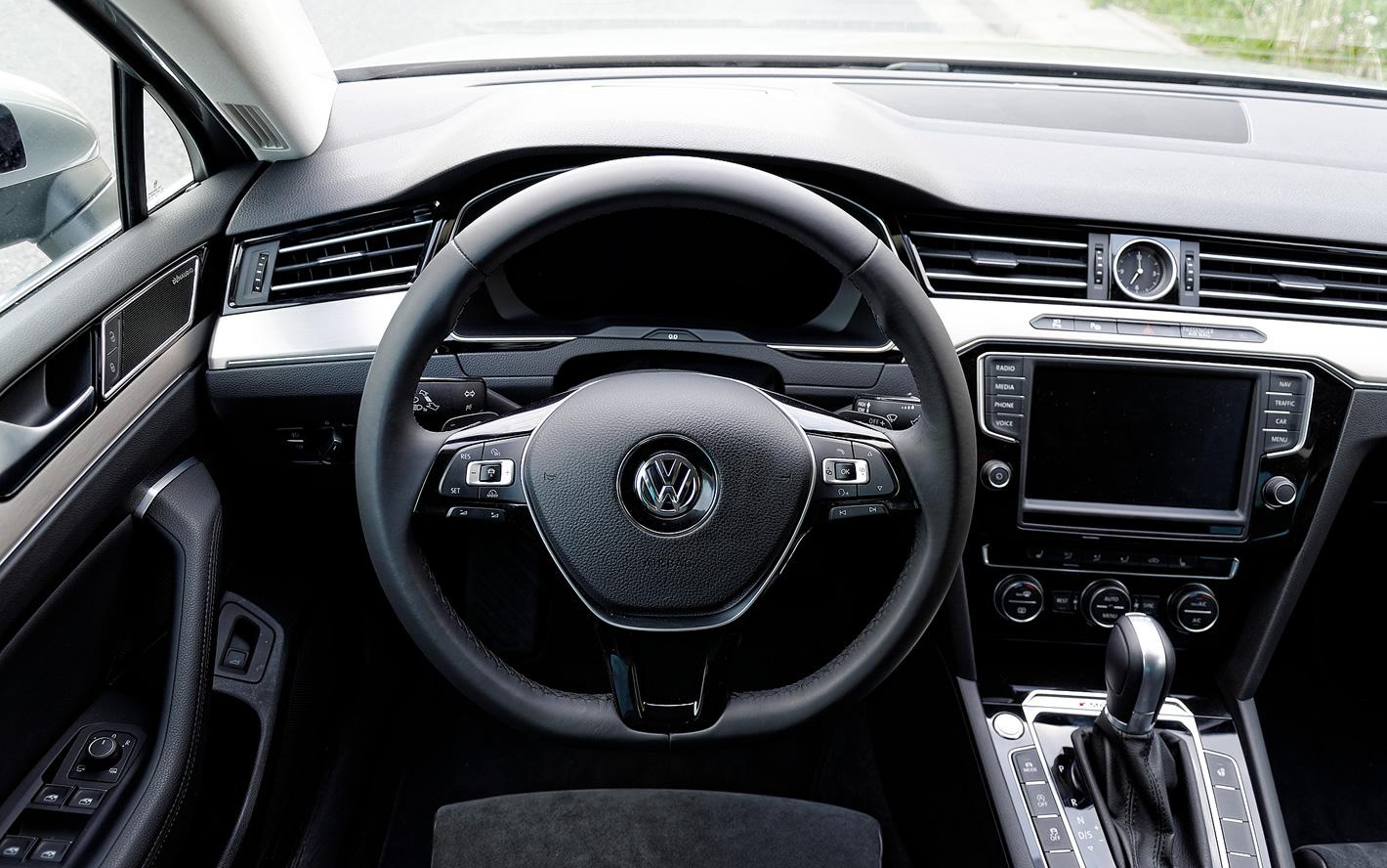 Wielofunkcyjna kierownica w Volkswagen Passat 2.0 TSI 4Motion