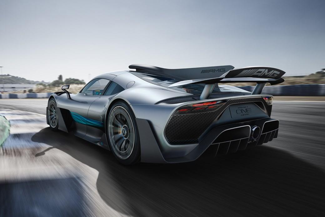 Mercedes-AMG Project One - widok ztyłu