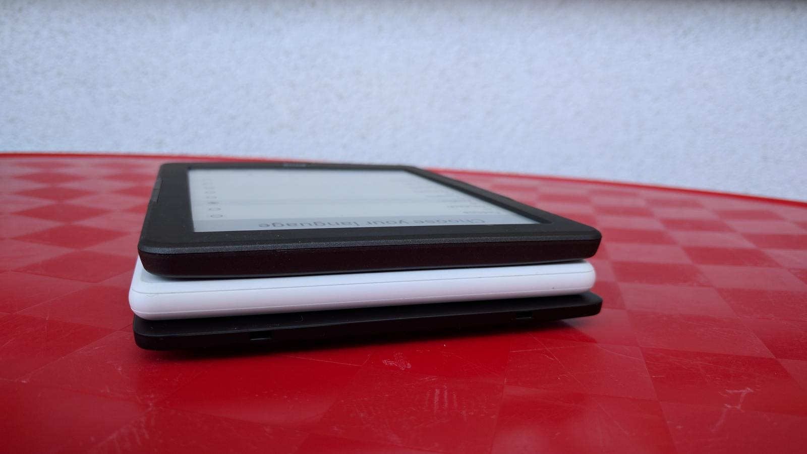 czytnik ebooków - zdjęcie od dołu