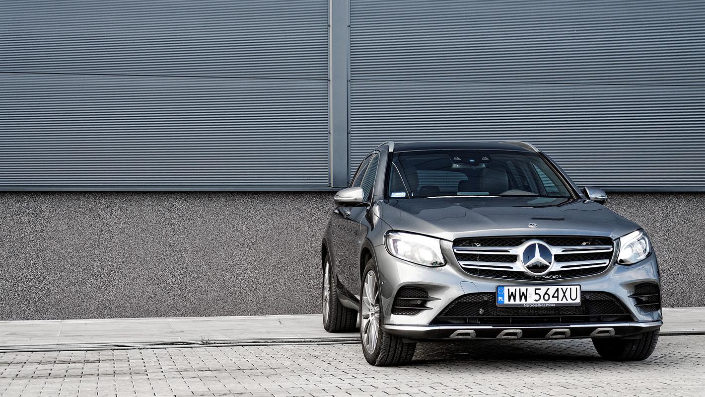 Mercedes-Benz GLC 350 e 4Matic - zdjęcie 8
