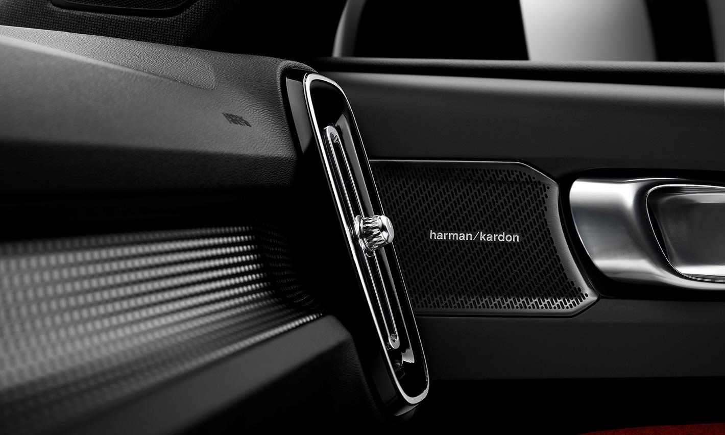 Umiejscowienie głośnika w Volvo XC40