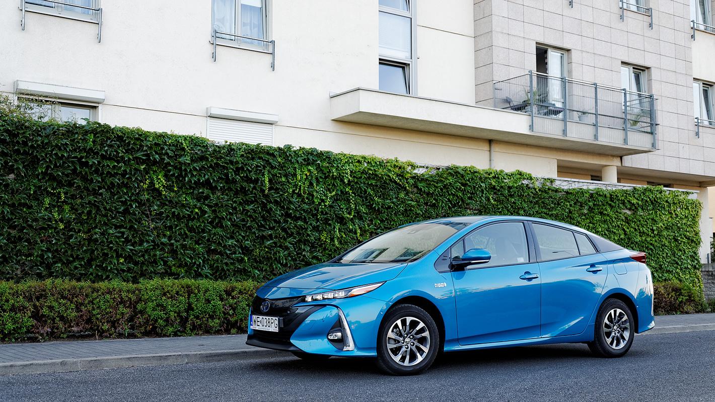 Toyota Prius Plug-in Hybrid - oryginalna stylistyka
