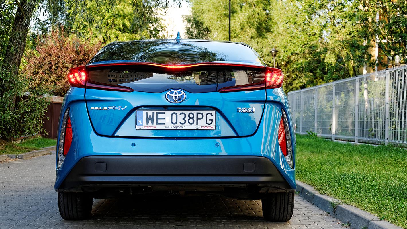 Aerodynamiczny tył w Toyota Prius Plug-in Hybrid