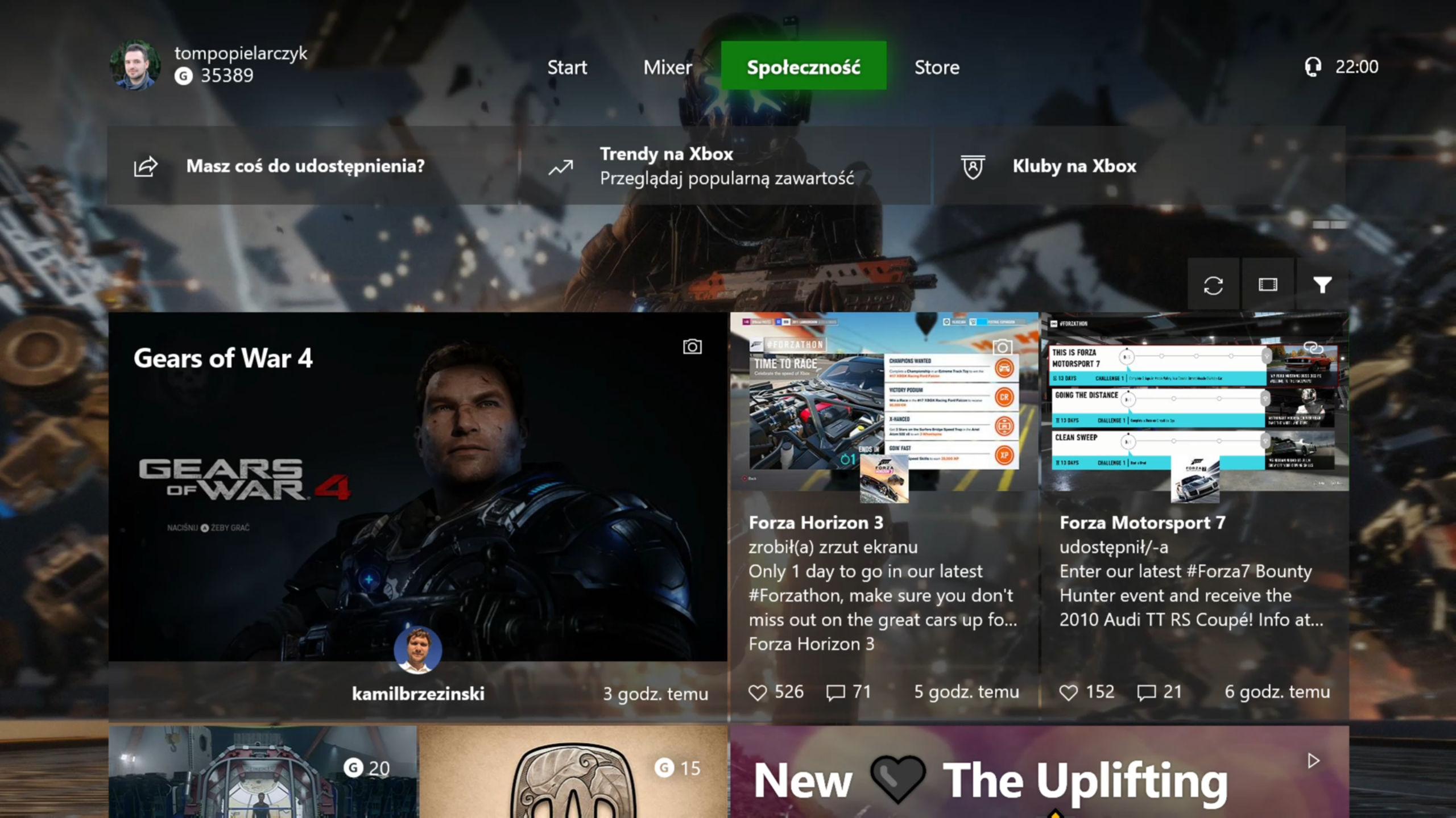 Xbox One X społeczności