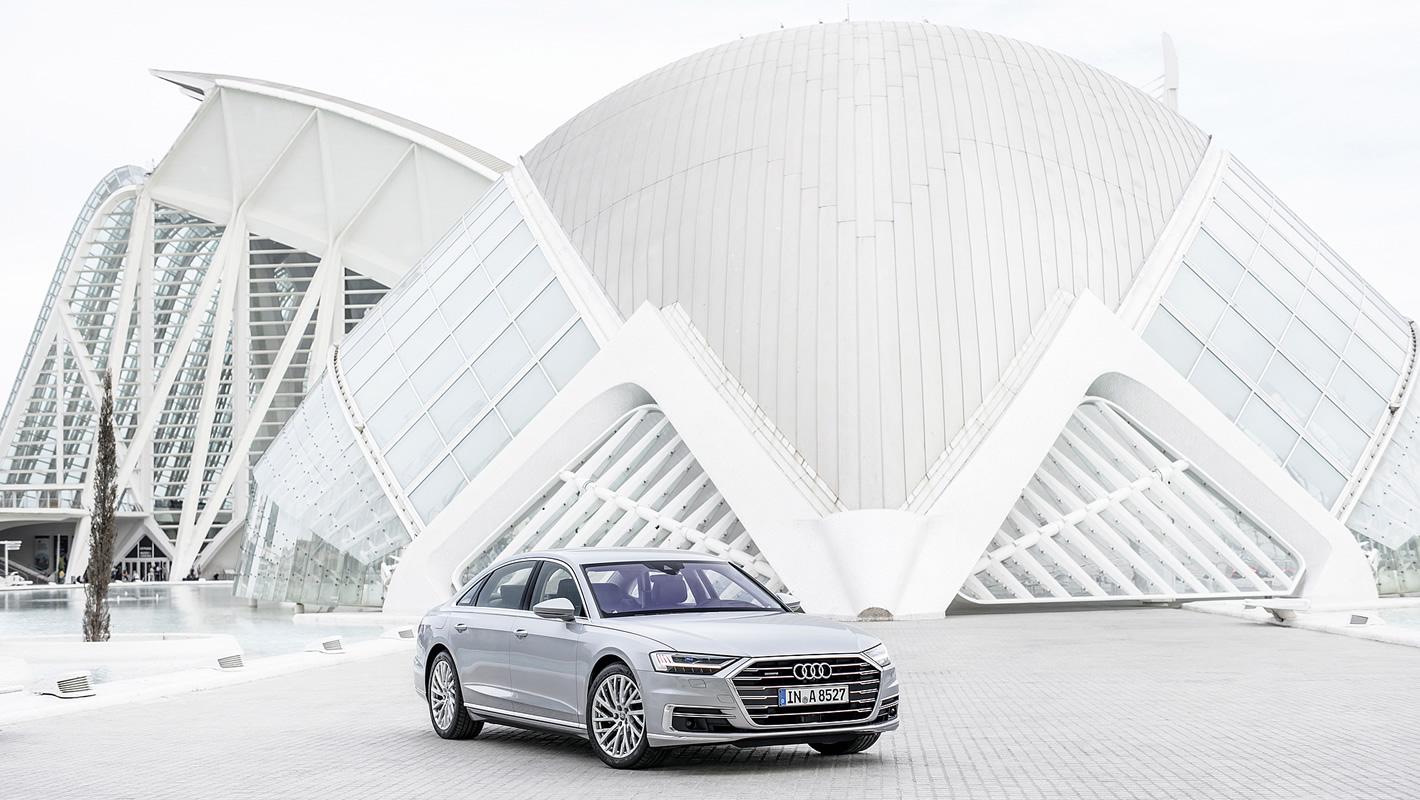 Prestiż iklasa wnowym Audi A8