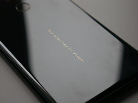 Aluminiowo-szklana obudowa Xiaomi Mi Mix 2