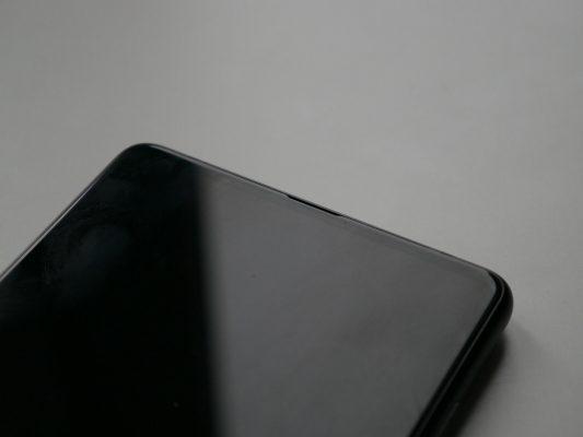 Xiaomi Mi Mix 2 posiada Szybkie LTE, GPS zGlonass iBeidou, WiFi, Bluetooth 5.0 orazNFC