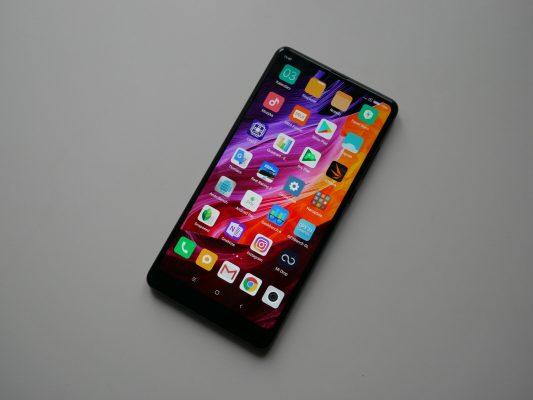 Xiaomi Mi Mix 2 zmocnymi parametrami