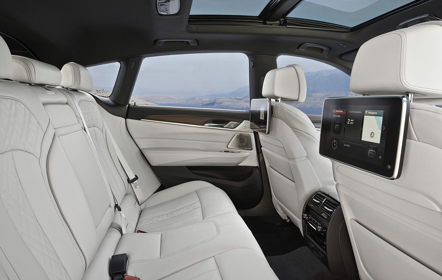 BMW Serii 6 Gran Turismo - tylna kanapa