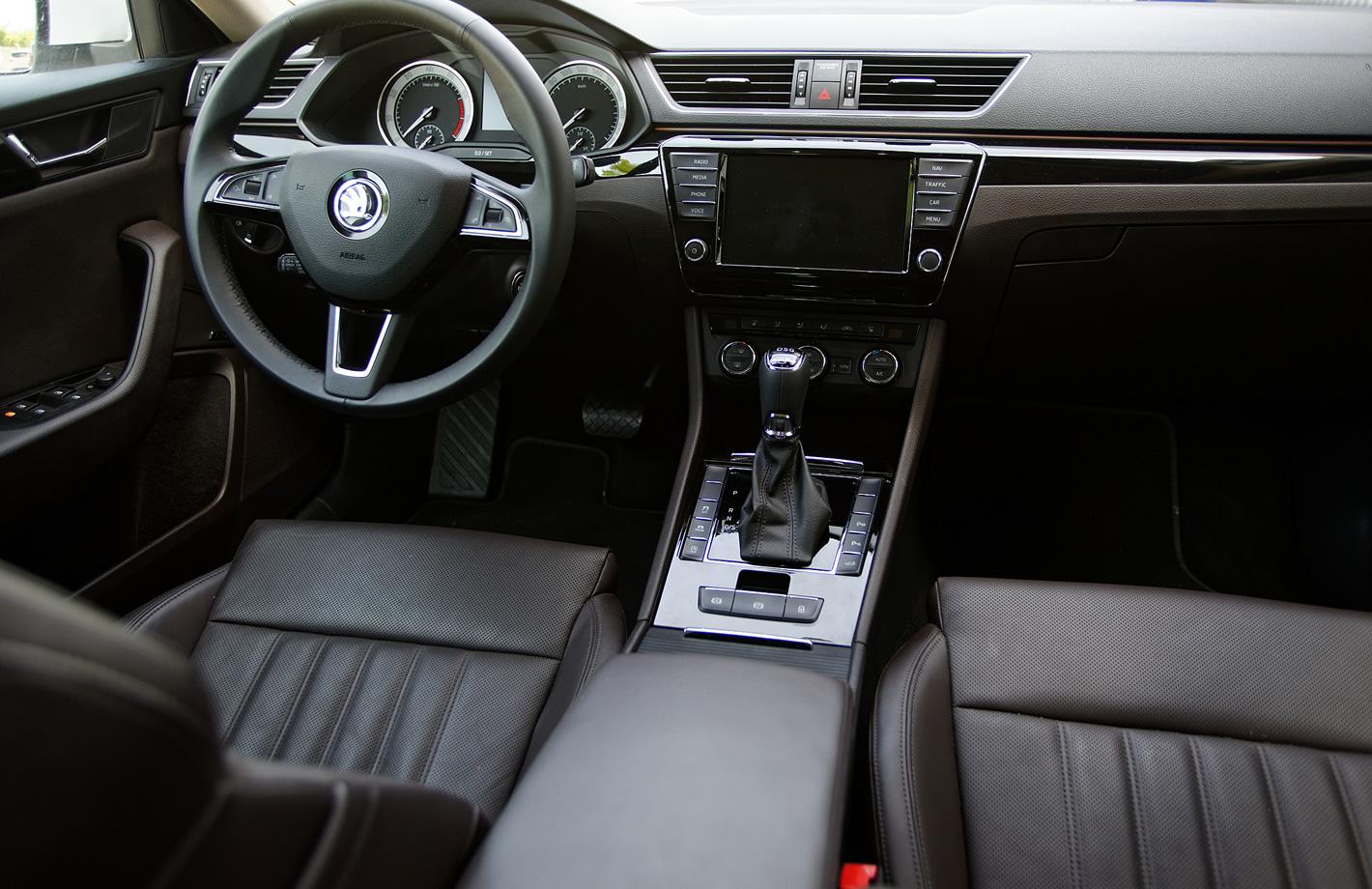 Škoda Superb - wewnętrzu