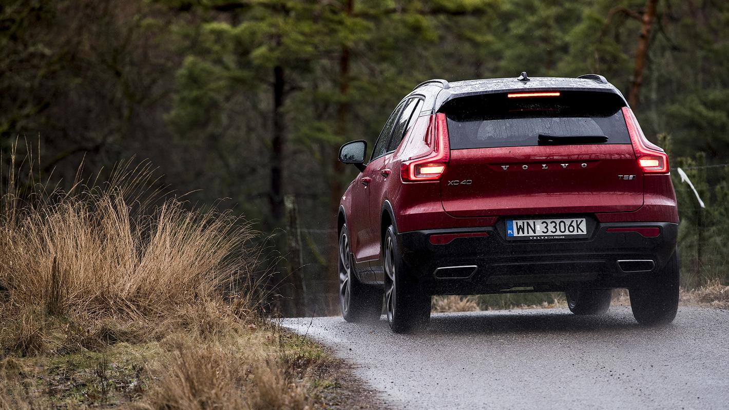 Volvo XC40 - z tyłu