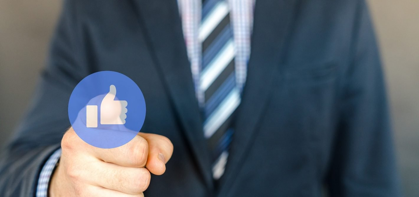 facebook w wersji płatnej i darmowej?