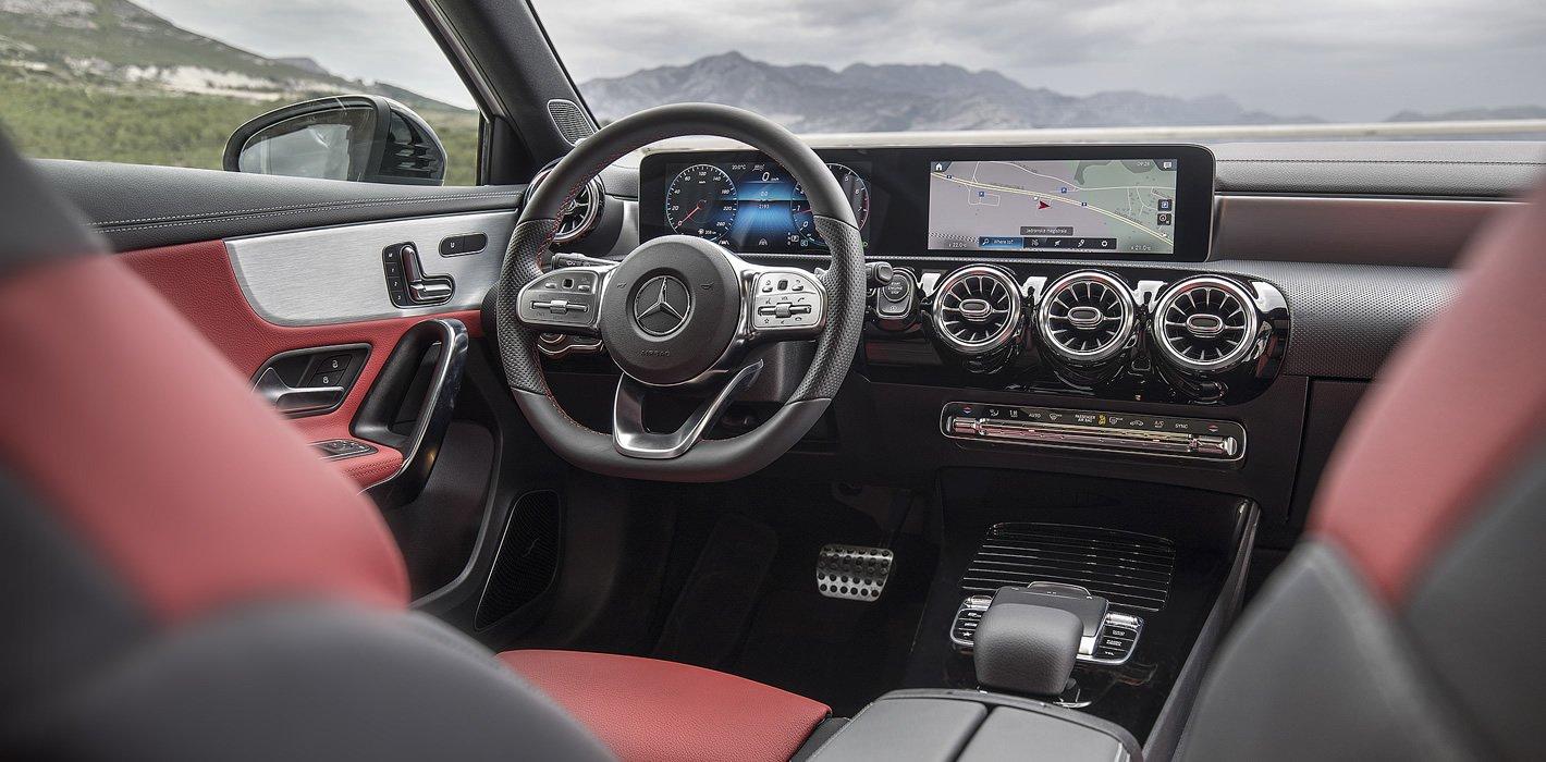 Mercedes-Benz Klasy A - wnętrze