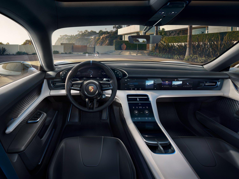 Porsche Taycan wnętrze