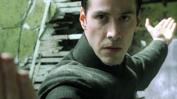 Keanu-Reeves-in-The-Matrix-Revolutions-2003-Movie-Image-3-600x337
