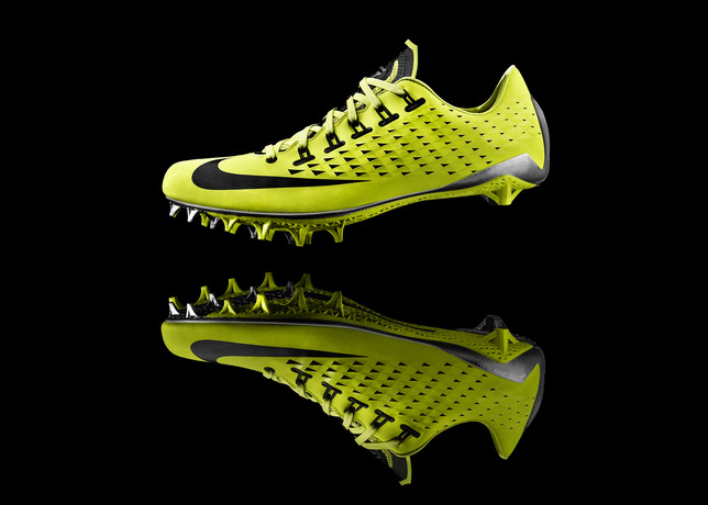 13-150_Nike_Football_Profile-02d_17742