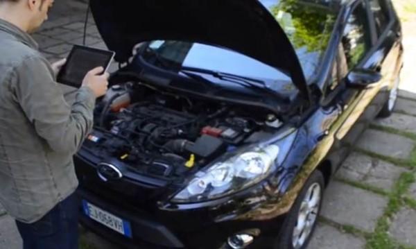 augmented-reality-car-repair-4