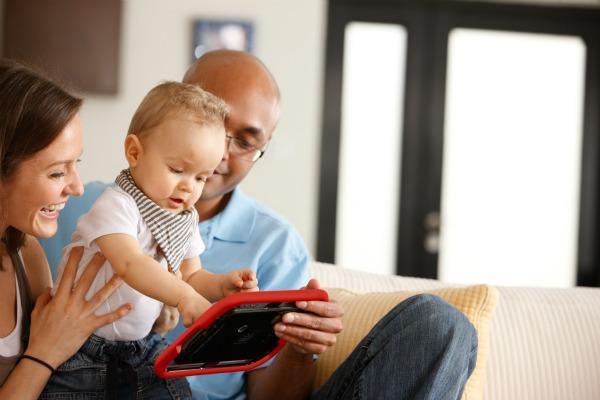 Tablet - dziecko i rodzice