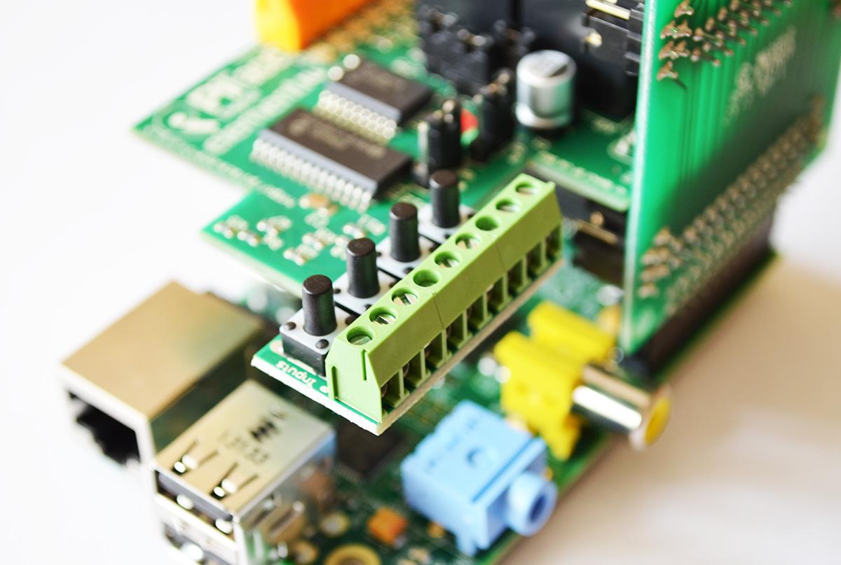 PiFace Digital in Raspberry Pi