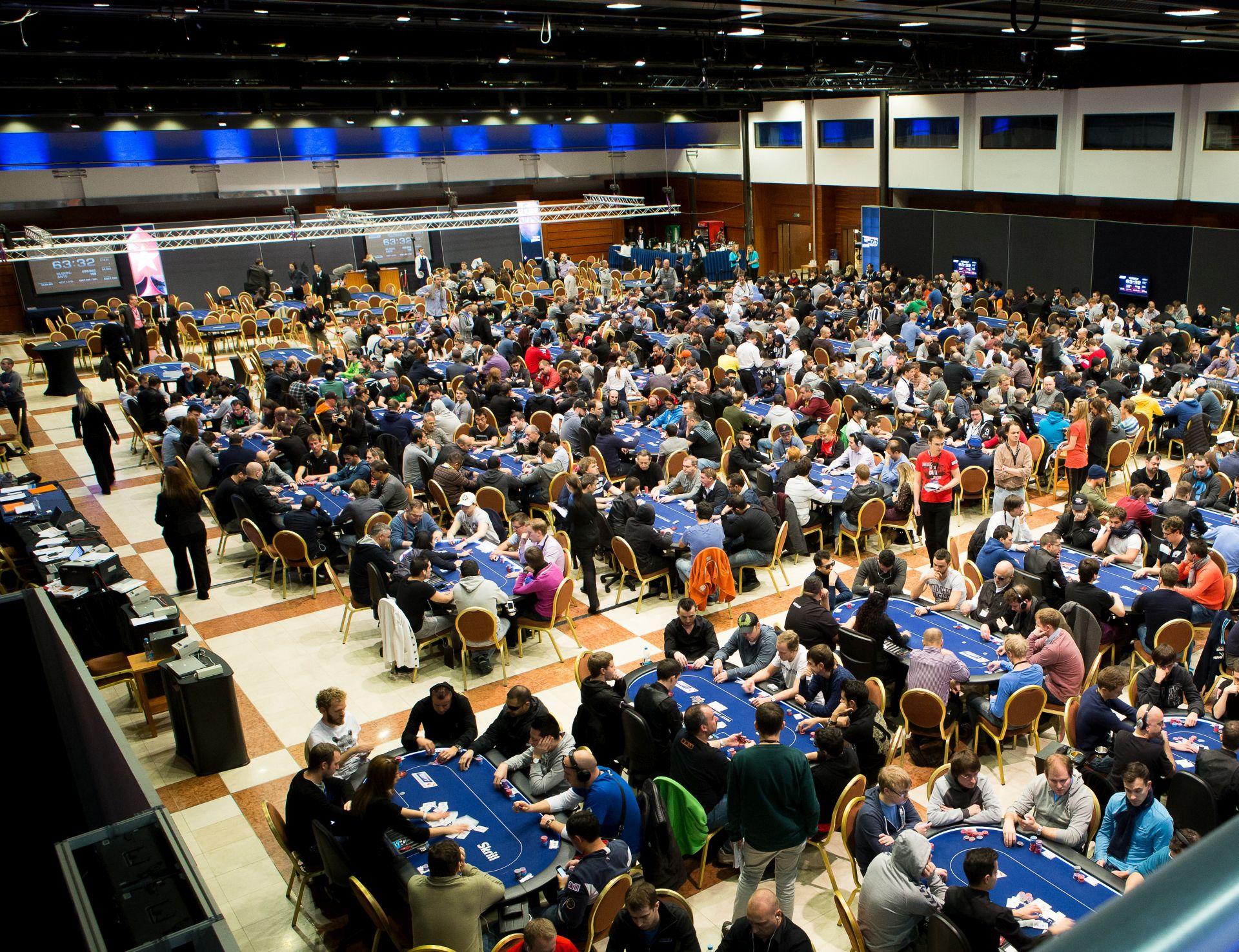 8G2A9669__EPT10PRA_Tournament_Room_Neil-Stoddart