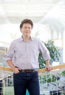 Peter Halacsy, CTO of Prezi