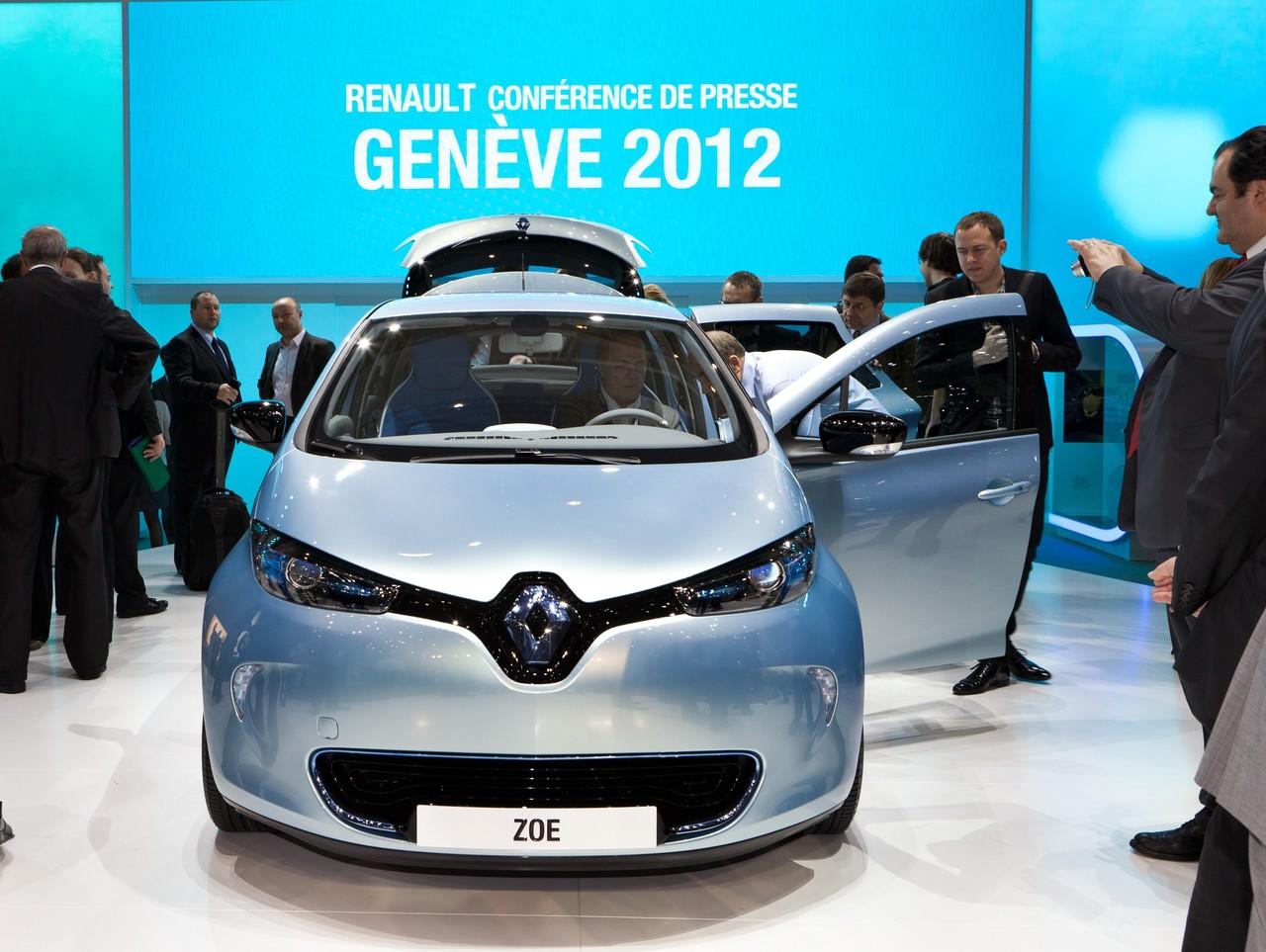 Renault_45461_global_en