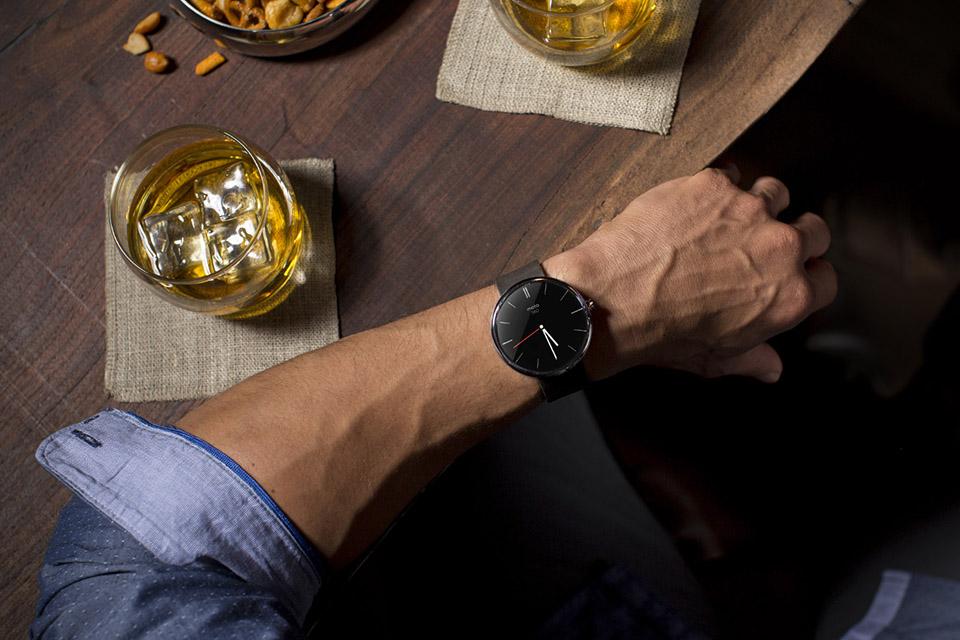 Motorola-Moto-360-Smartwatch-1