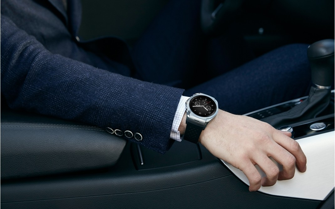 LG_Watch_Urbane_LTE_4
