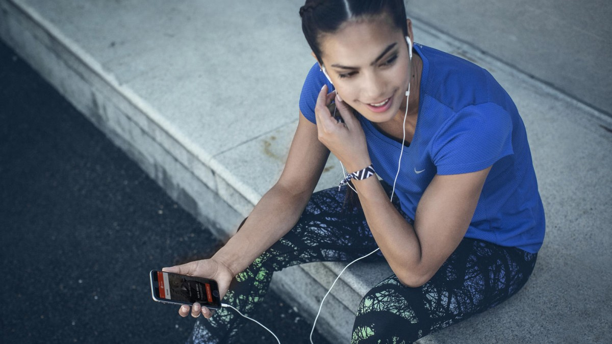 Nike_Running_and_Spotify3_native_1600.aw