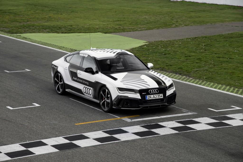 Autonomiczne Audi R7