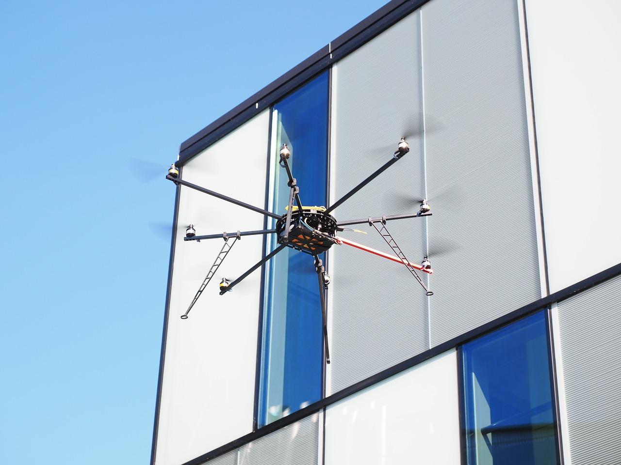 drone-592218_1280