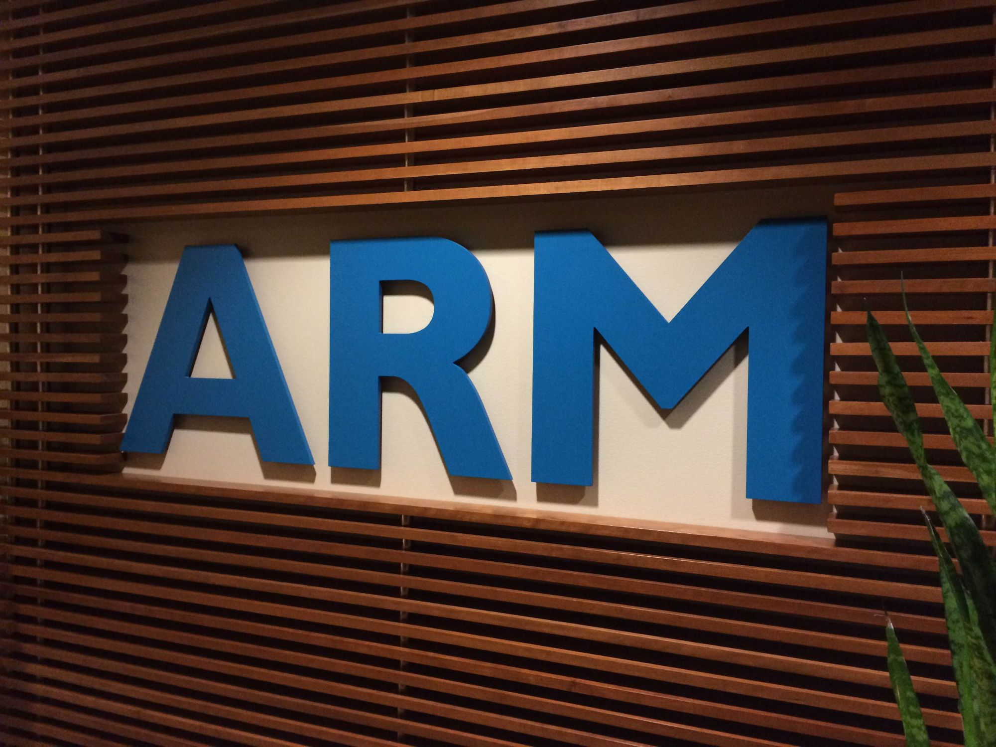 Android arm logo