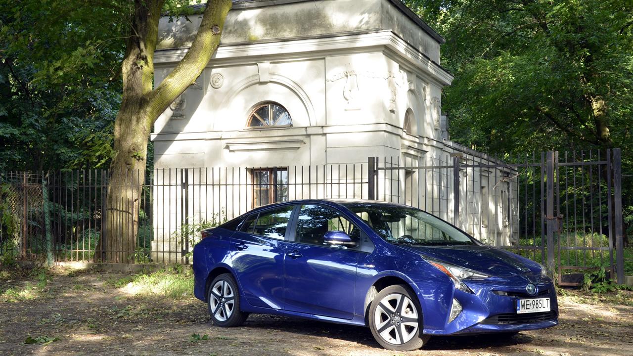 Hybrydowa Toyota Prius 4. generacji