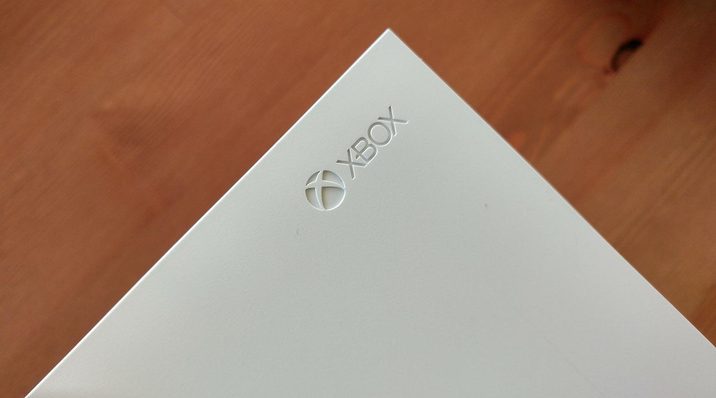Xbox One S konsola Microsoft