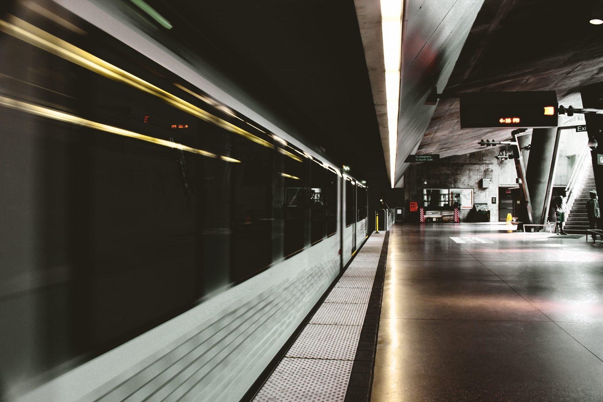 rewolucja, metro, pociąg