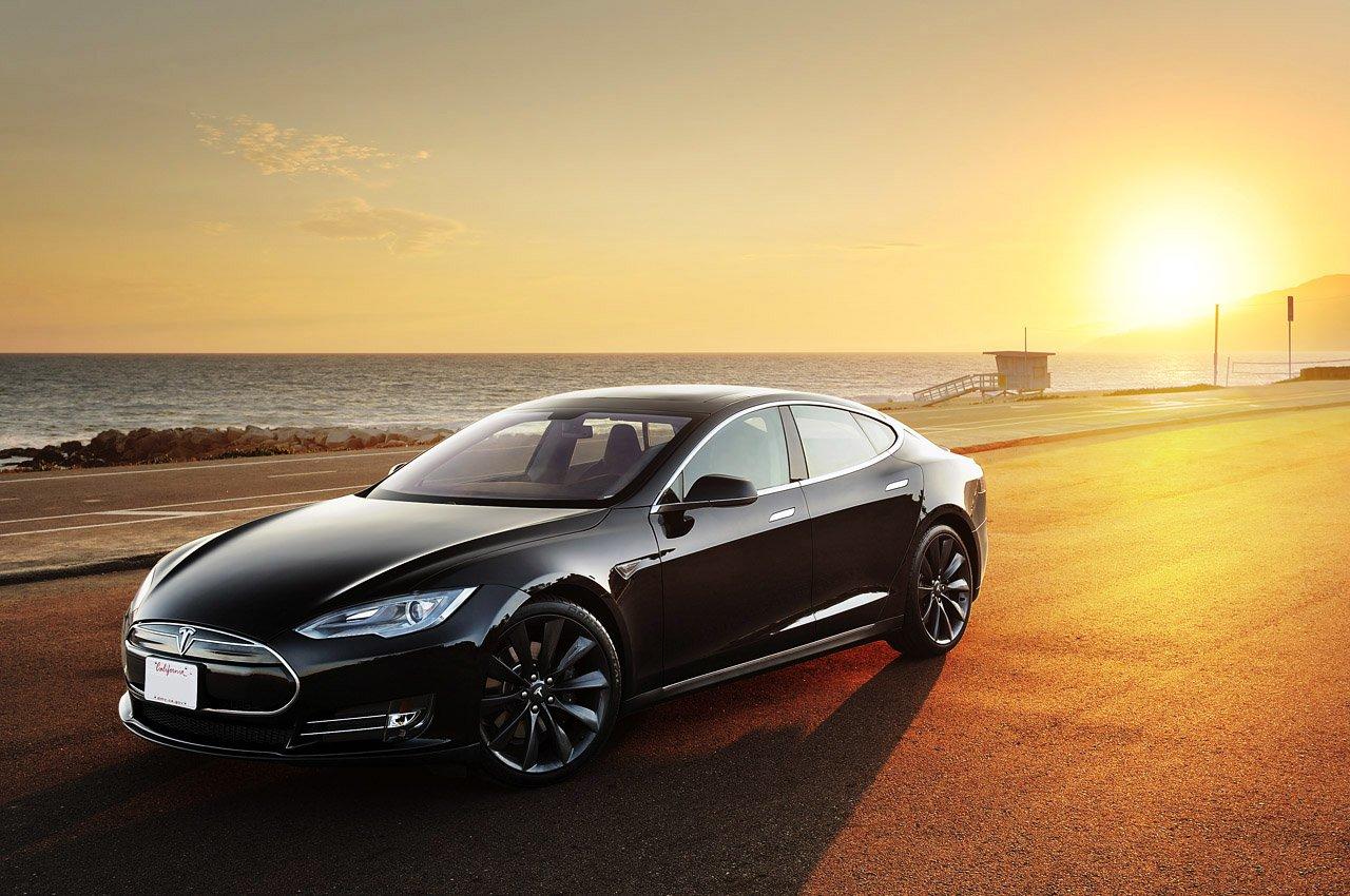 Tesla samochód