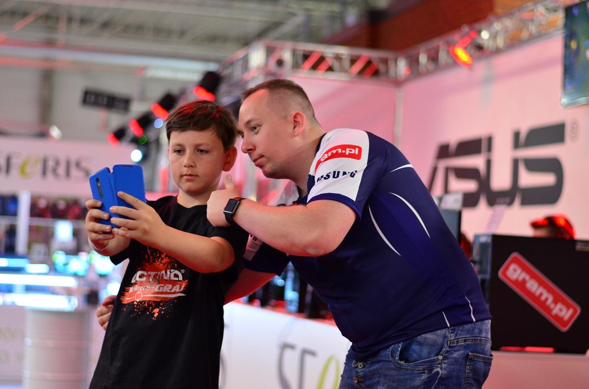 Piotr Lipski z fanem