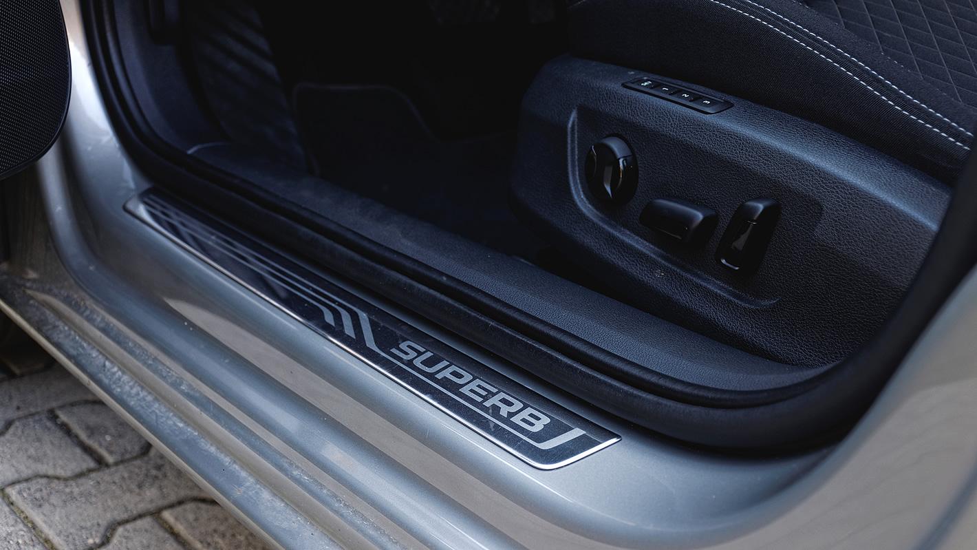 Škoda Superb - pamięć foteli