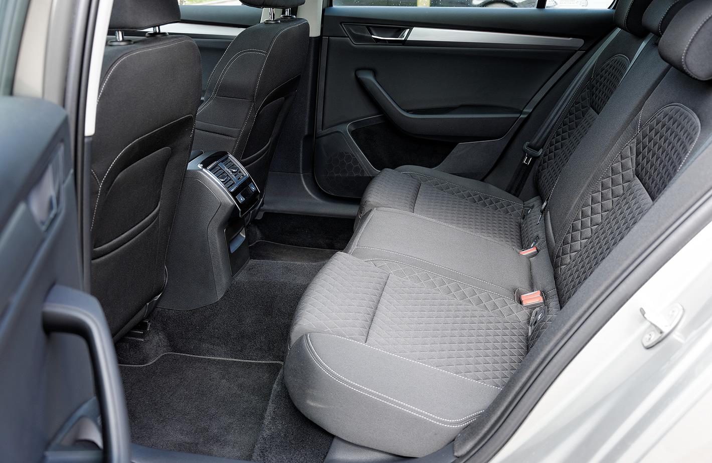 Škoda Superb - ilość miejsca z tyłu