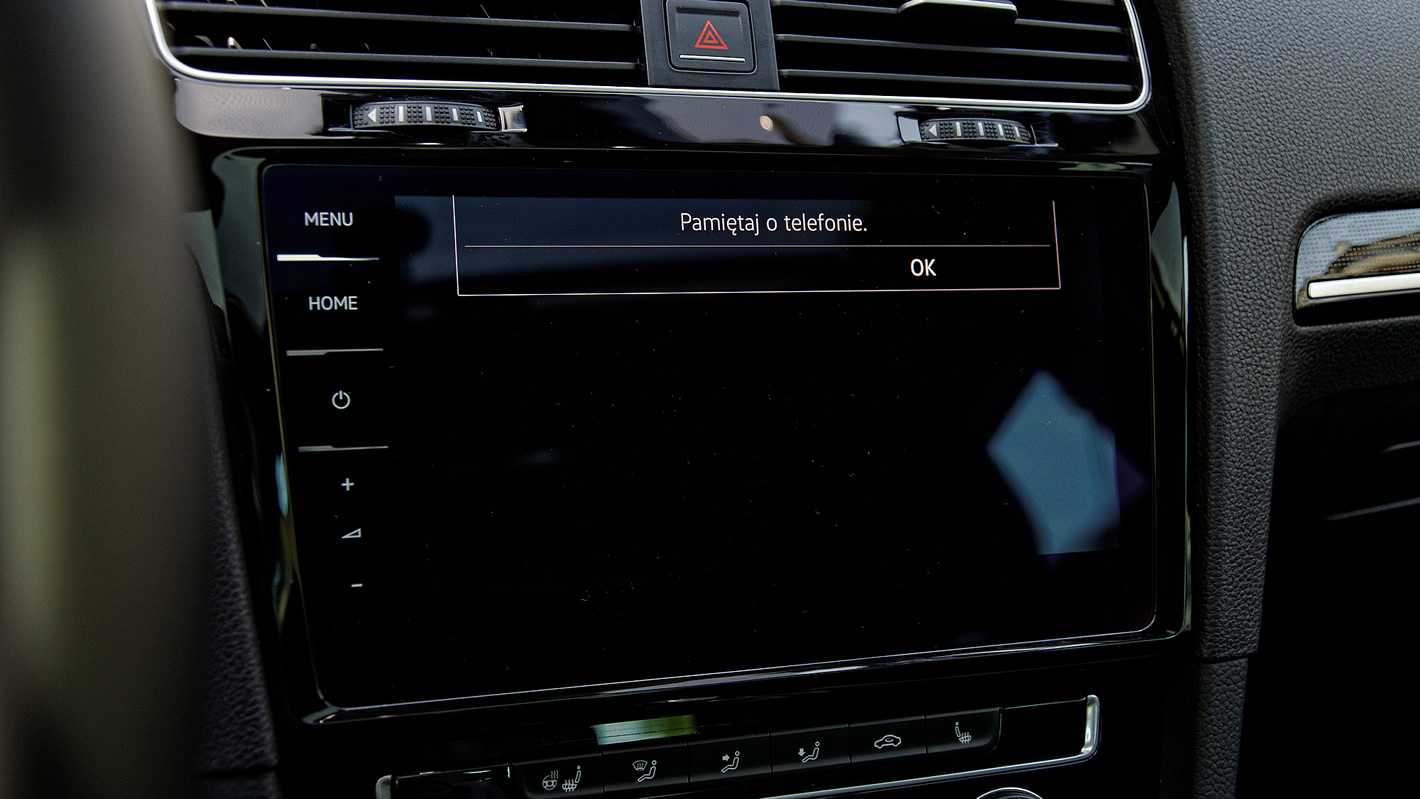 Volkswagen Golf VII FL - przypomnienie o telefonie