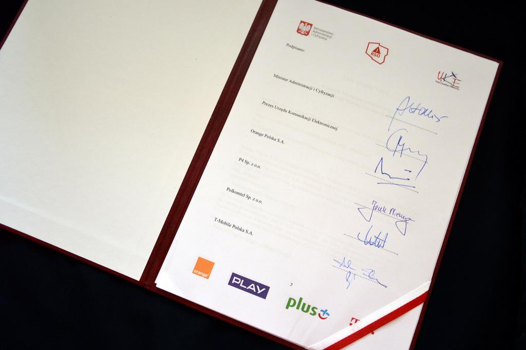 podpisy operatorów komórkowych