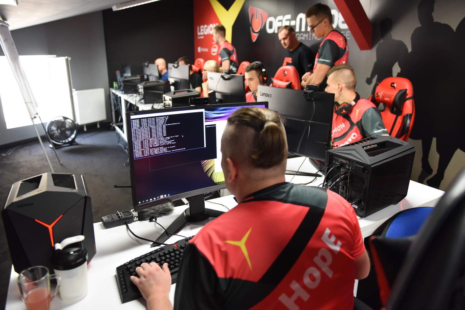 The Legion ekipa e-sportowa - zdjęcie 3
