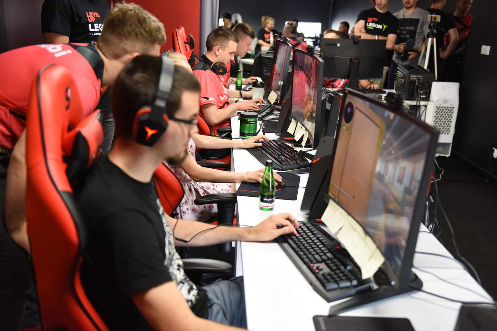 The Legion ekipa e-sportowa - zdjęcie 4
